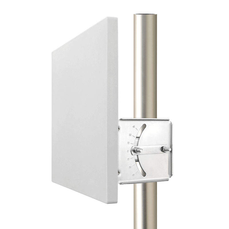 Altum-25-Front-Mounted-Angle